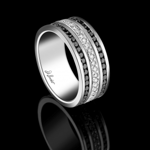 Men's wedding ring in white diamonds and black diamonds