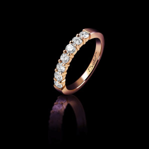 Wedding ring for women in pink gold