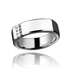 Ring for men set with diamonds