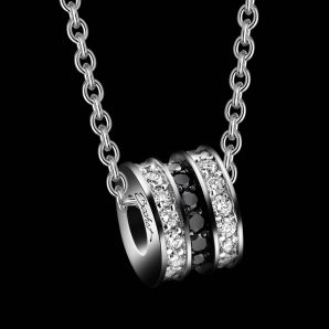 Women's pendant Scroll in Love medium model
