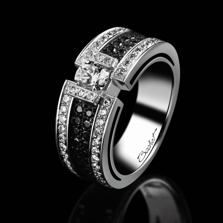 Engagement ring BlackLight Sparkle platinum white diamonds and black diamonds